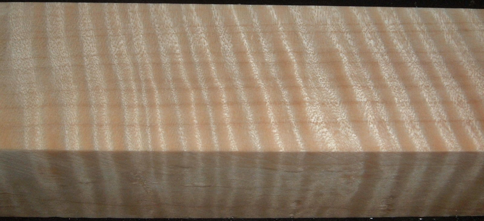 Z503, Curly Tiger Maple Dyed Stabilized, wood block scales/handle, Clear, 1-1/8x1-7/8x6