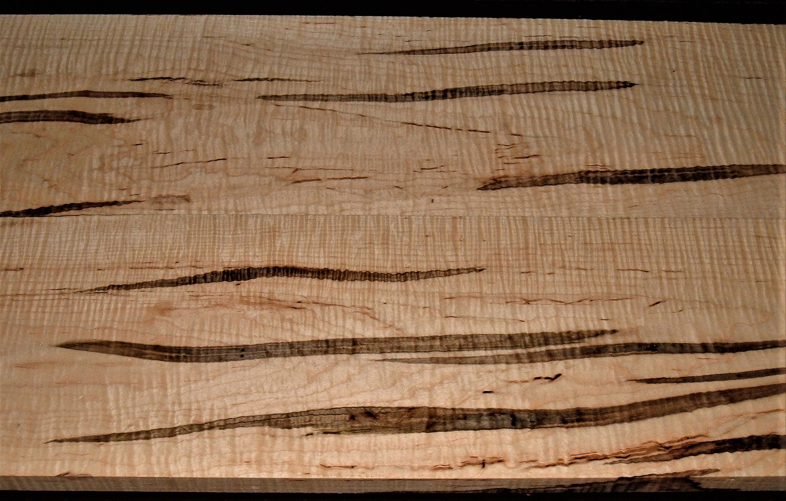 AM2007-130JJ, 2 Bd Set, 1x5-7/8x32, 1x6x32, Curly Ambrosia Maple
