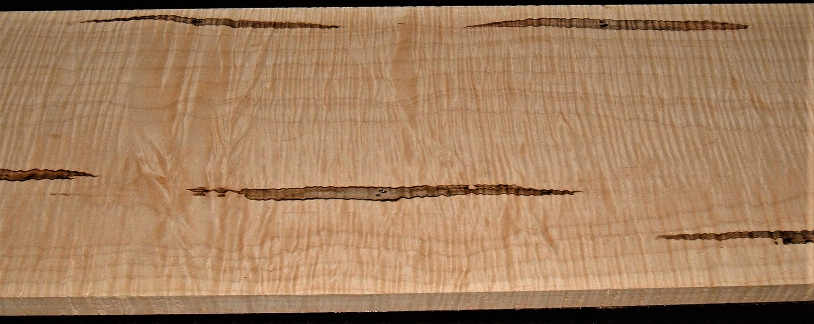 AM2011-135JJ, 7/8x10-1/4x31, Curly Ambrosia Maple