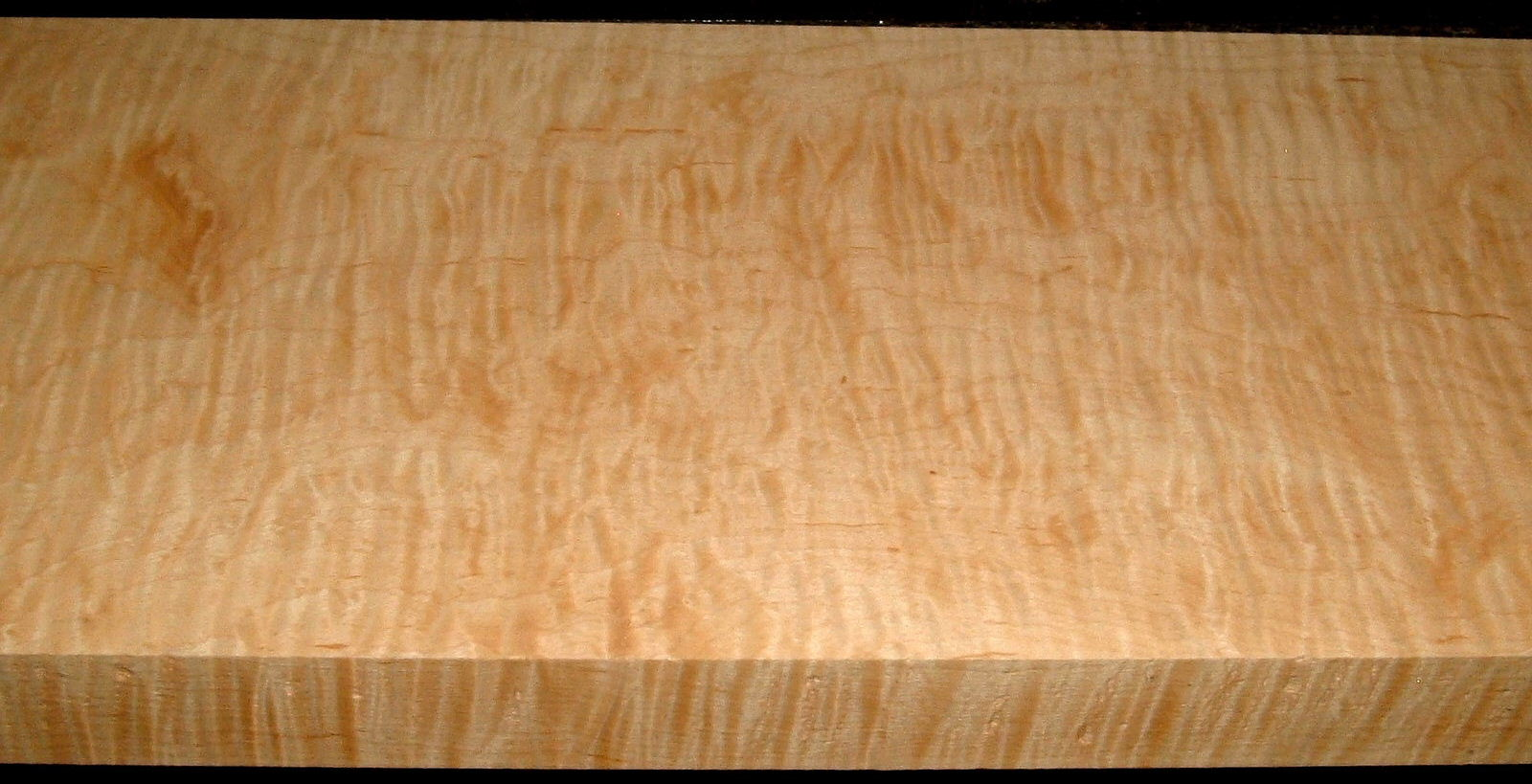 HM2001-16, 1-5/8x8-3/4x43, Curly Tiger Hard Maple