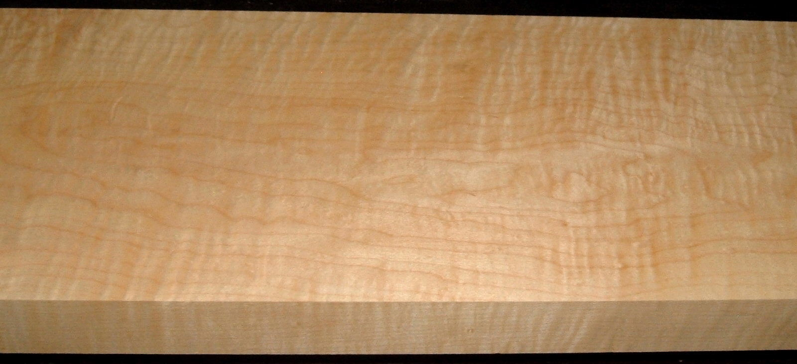 HM2001-4, 1-1/2x7-1/4x39, Curly Tiger Hard Maple