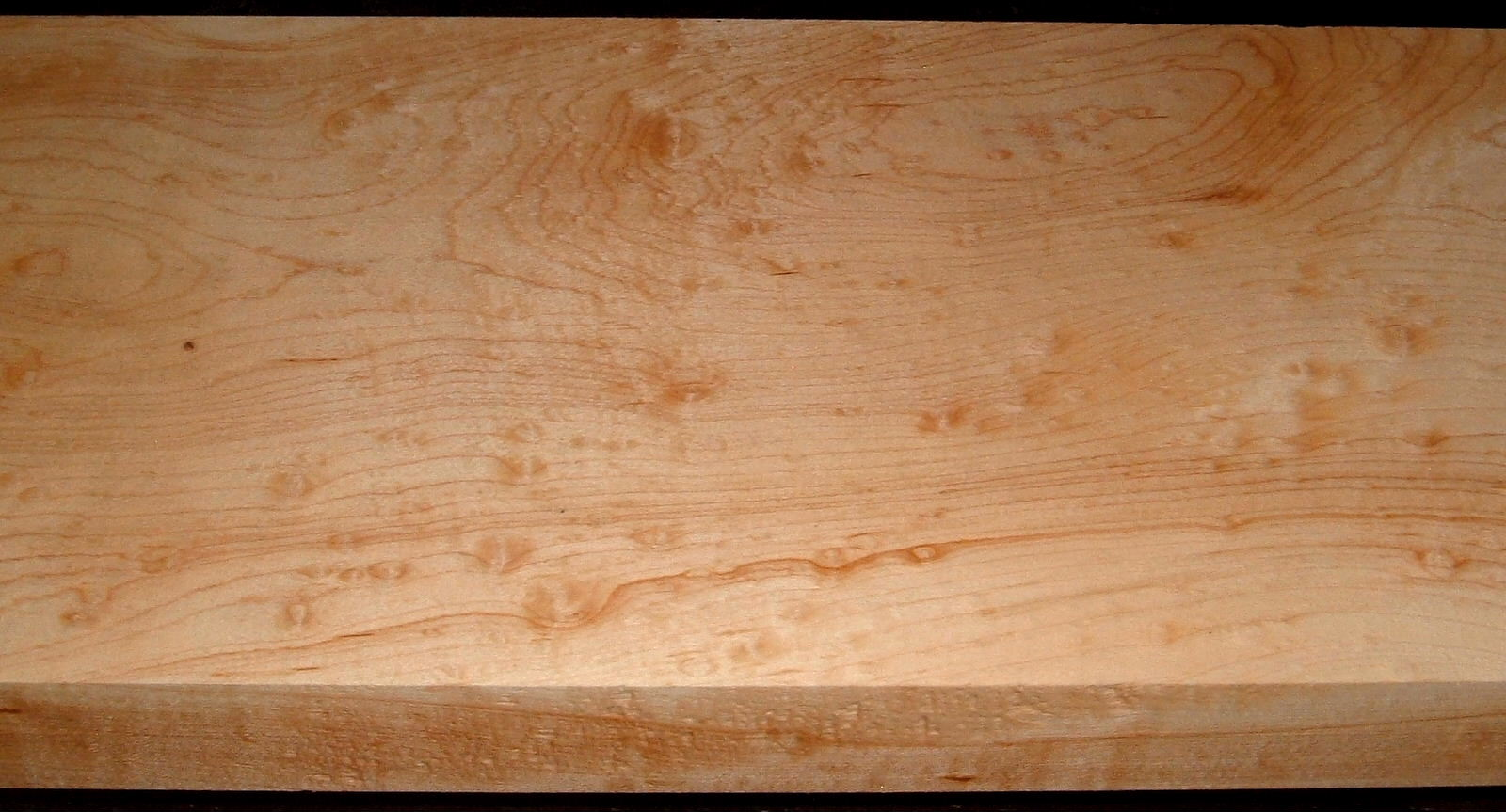HM2007-111, 1-13/16x10-1/2x55, 8/4 Blister Figured Hard Maple