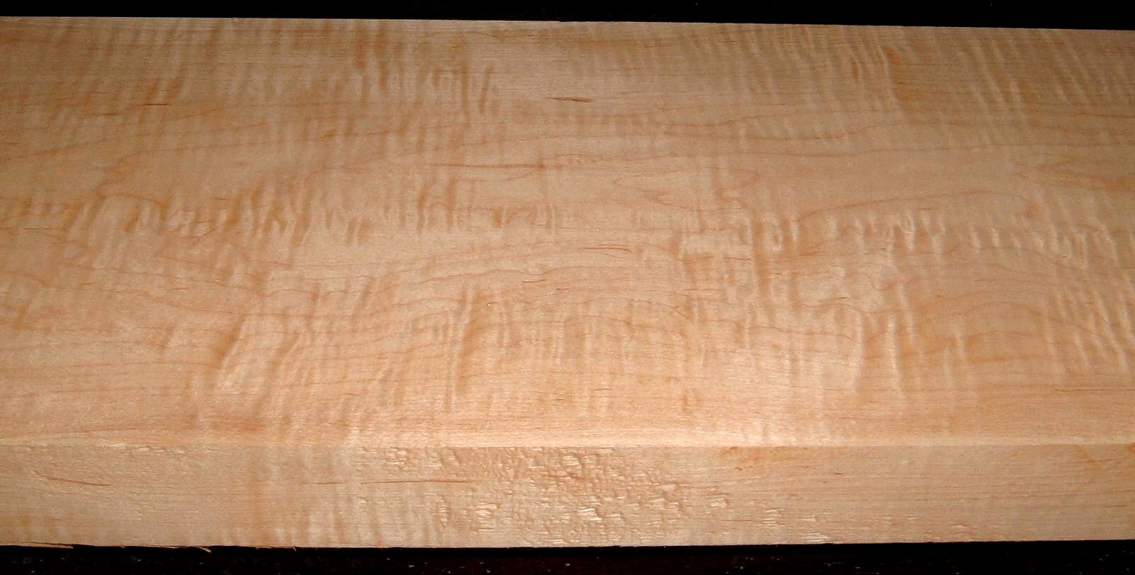 HM2007-124, 1-7/8x9-1/2x44, 8/4 Curly Tiger Figured Hard Maple