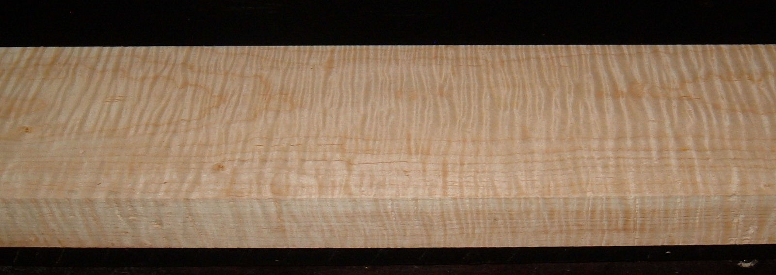 M2003-245, 1-5/8x4-3/4x37, Figure Curly Tiger Maple