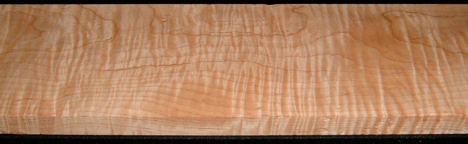 M2007-581,1-1/16x6-1/2x46, Curly Tiger Maple