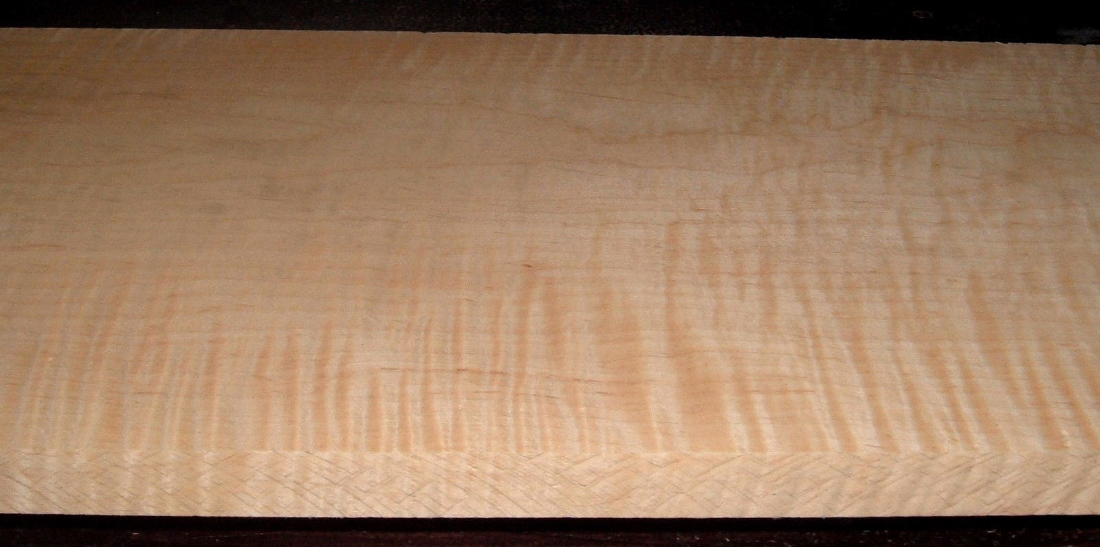 M2102-133,1-1/16x11-3/8x53, Curly Tiger Maple