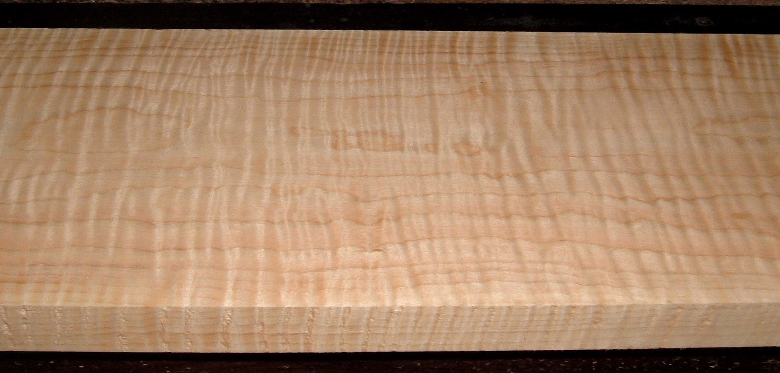 M2104-291, 1-3/16x7-3/4x55, Curly Tiger Maple