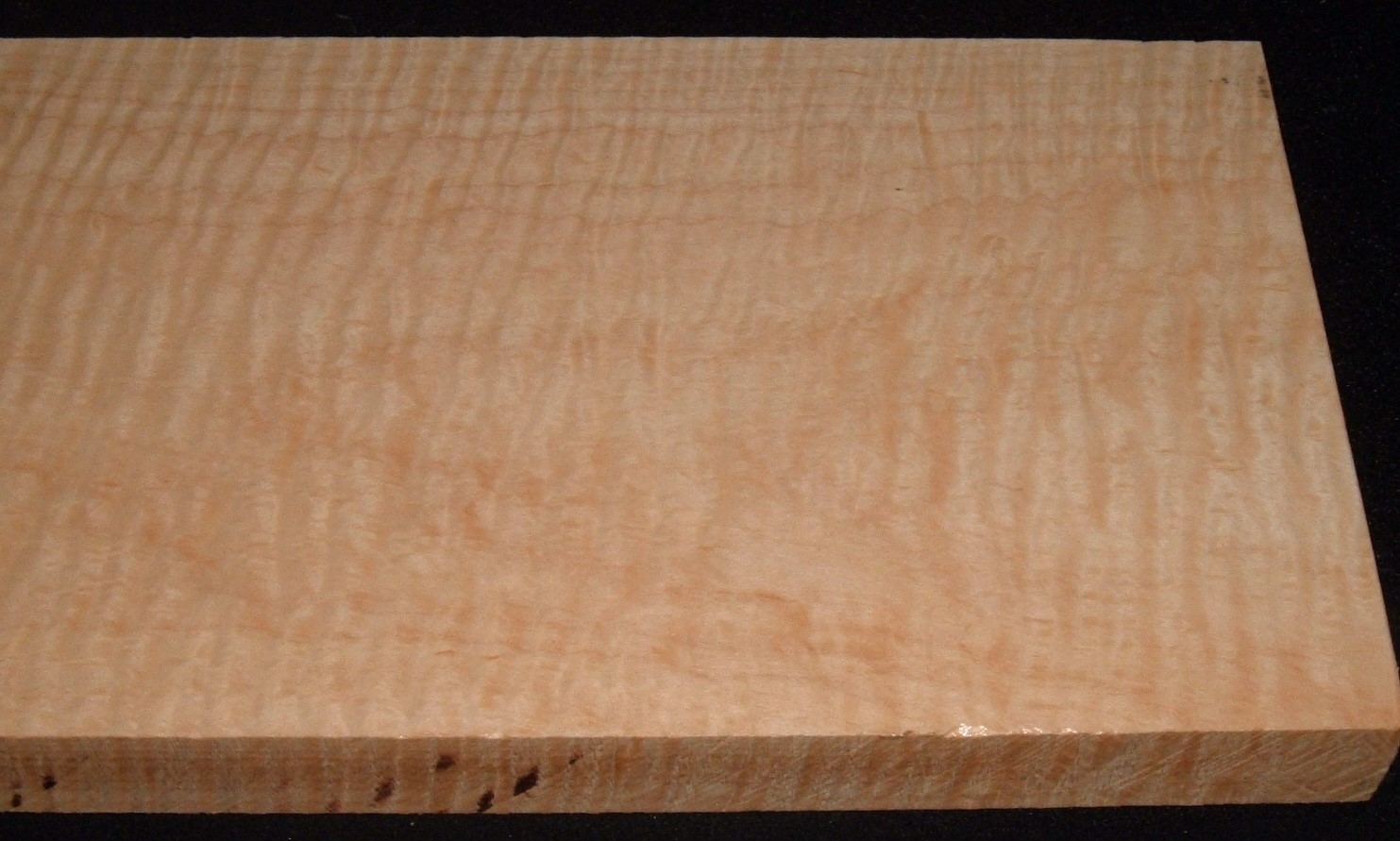 MS-3183JJ, 1-1/16x7x23, Curly Soft Maple