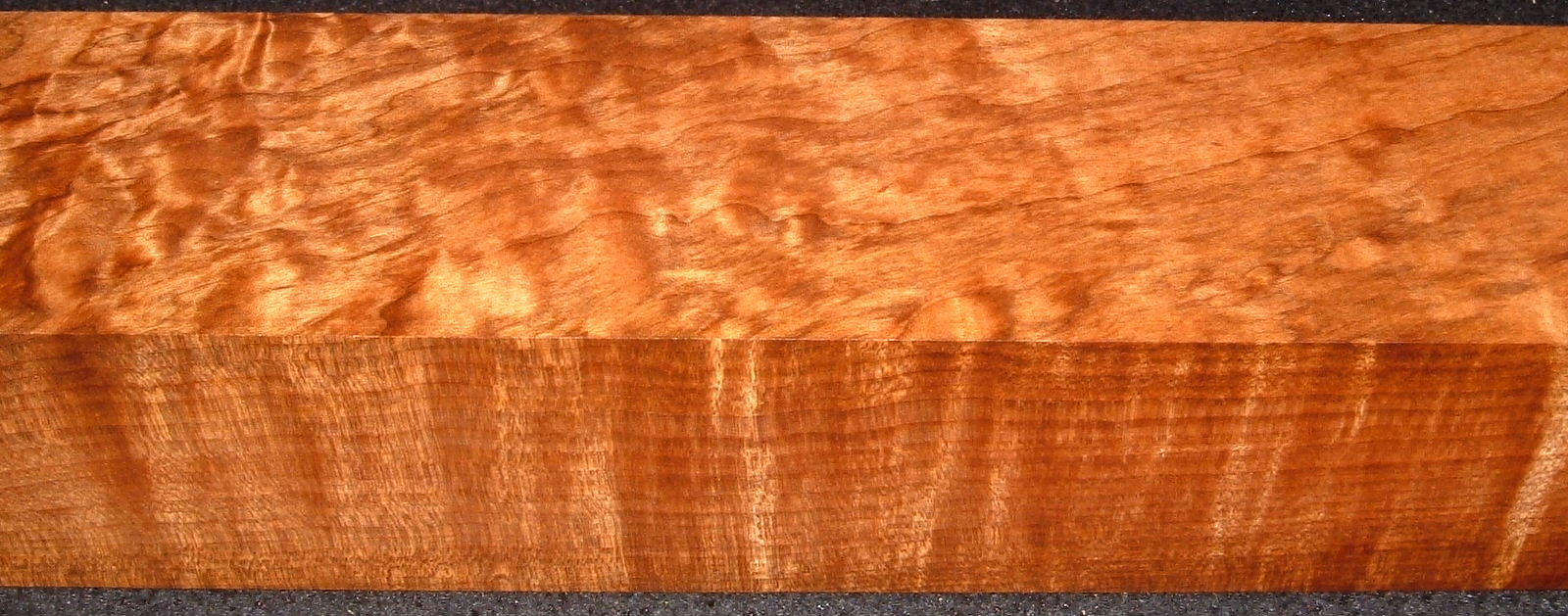 RTB-7,2-5/8x2-3/4x28, Torrefied Roasted, Curly/Blistered Quilted Figured, Maple Turning Block