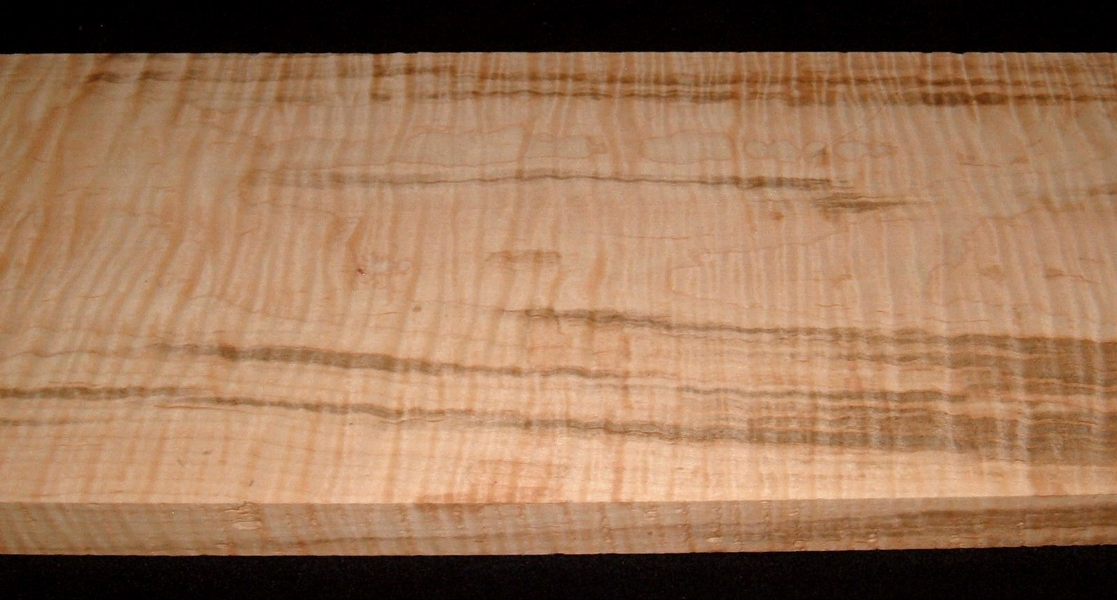 SMS-2904, 1-3/16x9-3/8x29, Streaky Curly Tiger Maple