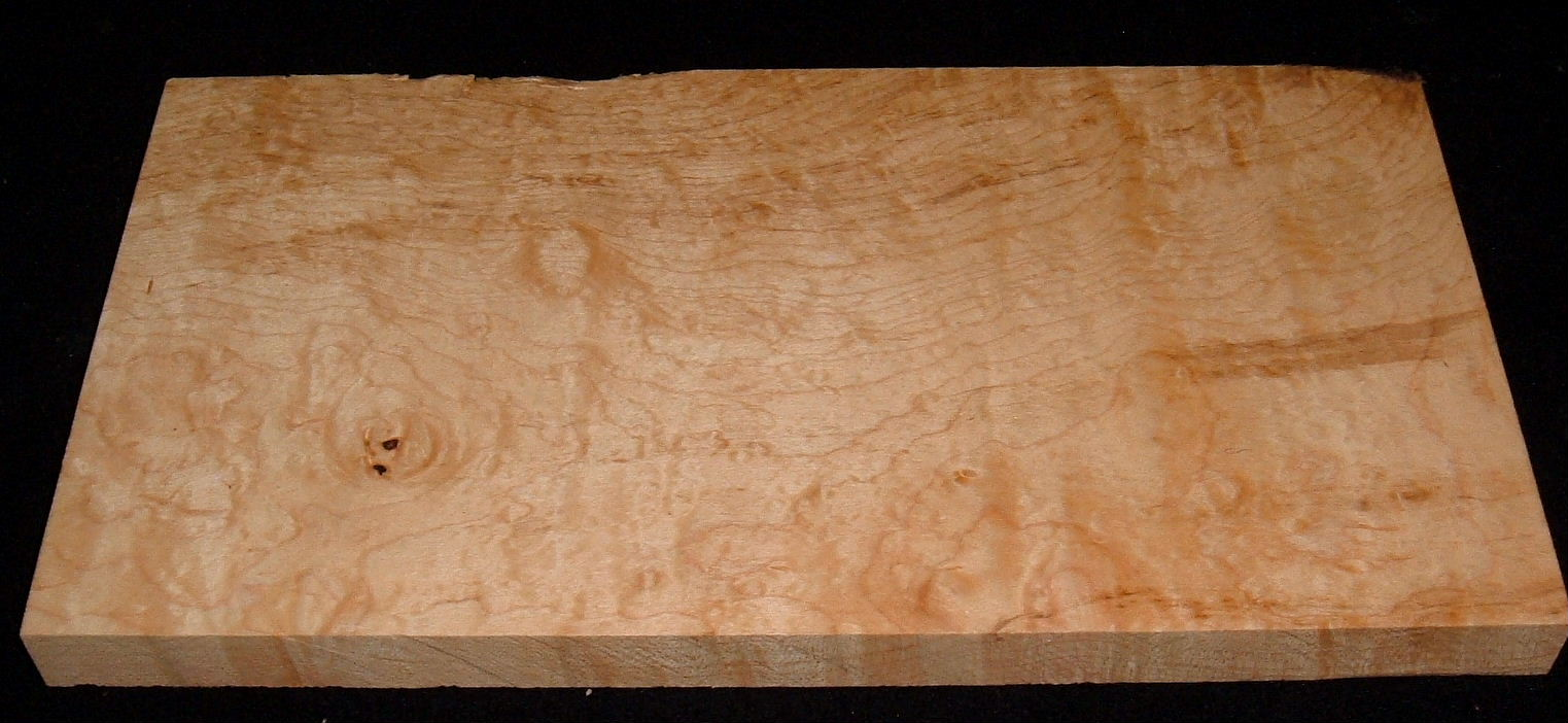 BHMS-2919, 7/8x7-1/8x13, Blister Figure Hard Maple