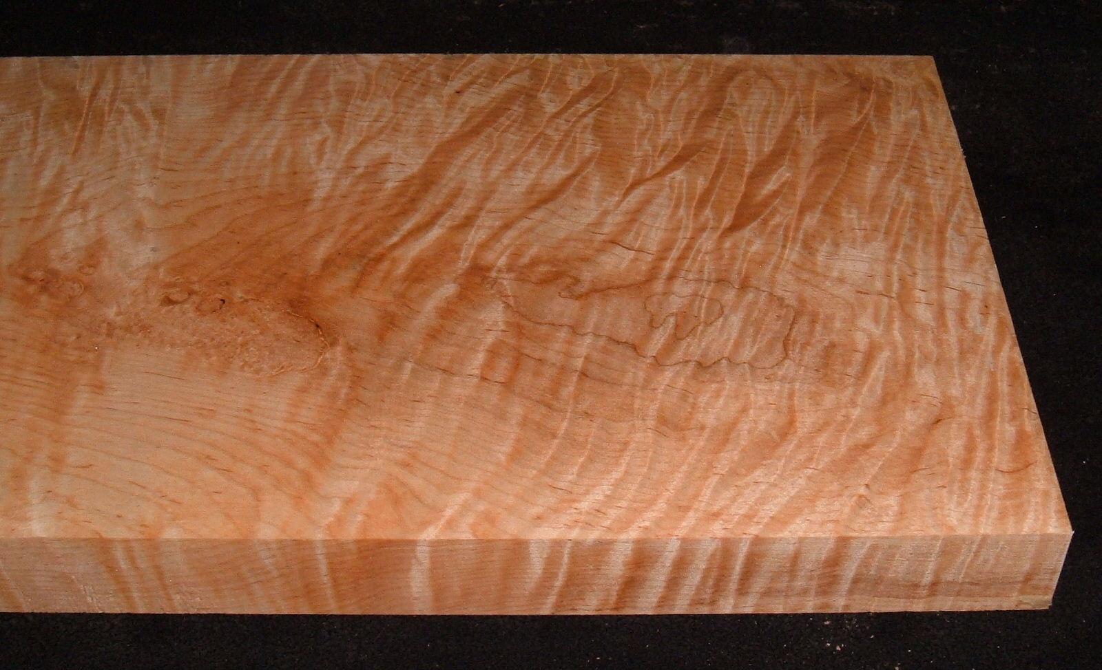 MS-3099, 1-1/2x10-3/8x21, Curly Tiger Maple