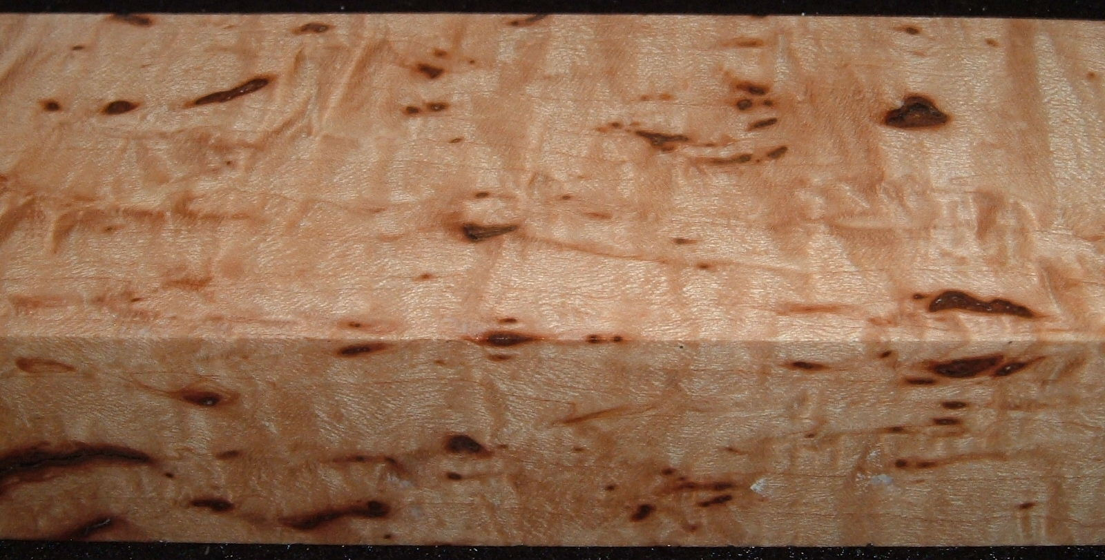 Z547, 15/16x1-3/4x5-1/4, Clear Bark Included, Curly Tiger Maple Stabilized, wood block scales/handle