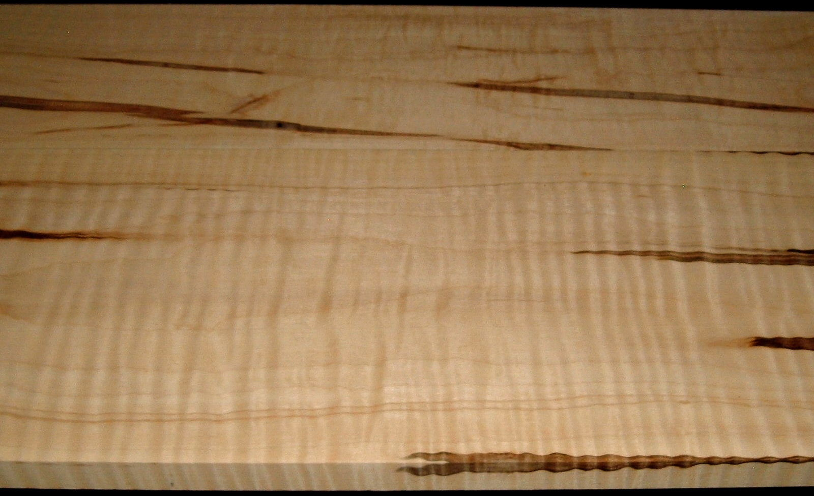 AM2002-41, 2 BD Set, 13/16x5-7/8x47, +13/16x8-1/2x47, Curly Ambrosia Maple