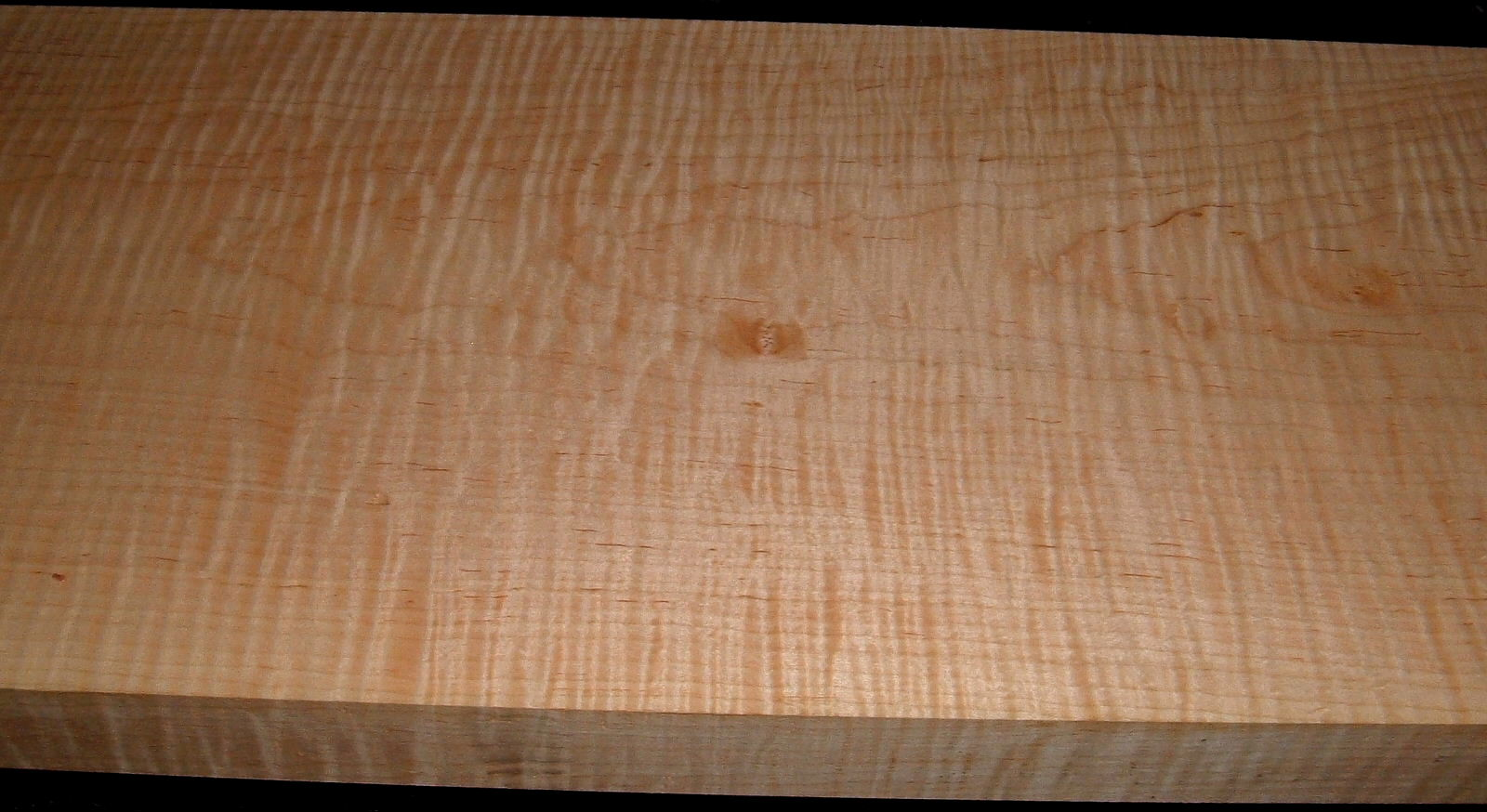 M1912-558J, 1-3/4x11-1/4x45, Curly Tiger Maple