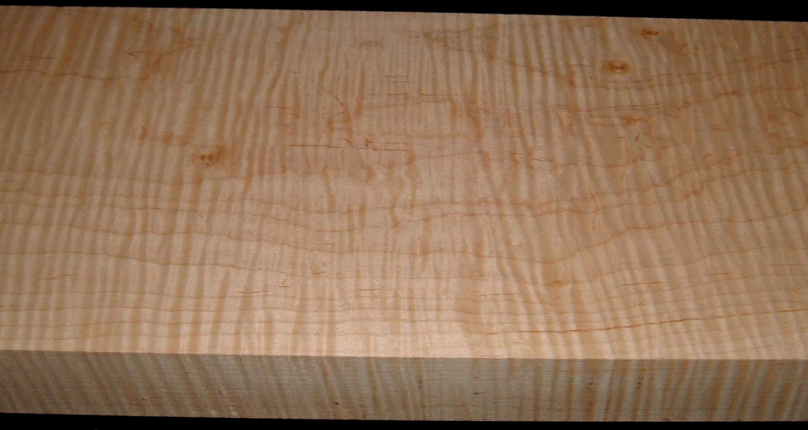 M1912-572J,L, 1-7/8x7-7/8x50, Curly Tiger Maple