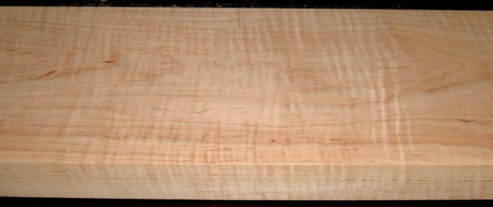 M1908-372, 1-11/16x8-1/4x47, Curly Tiger Maple