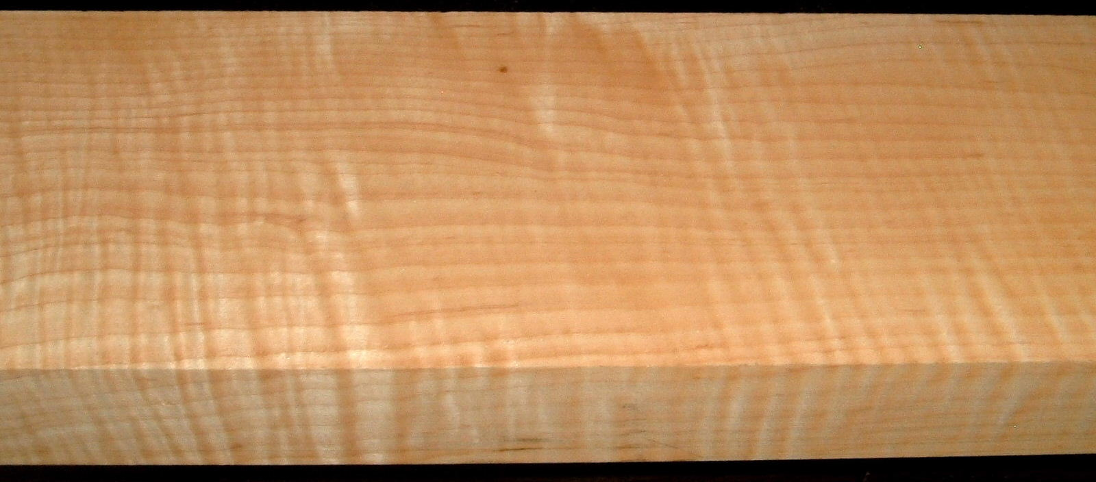 M1912-493, 1-3/4x5-1/2x36, Curly Tiger Maple