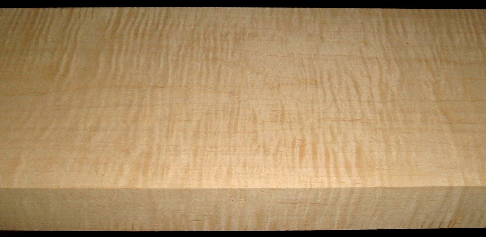 M1912-501, 1-7/8x8-1/4x42, Curly Tiger Maple