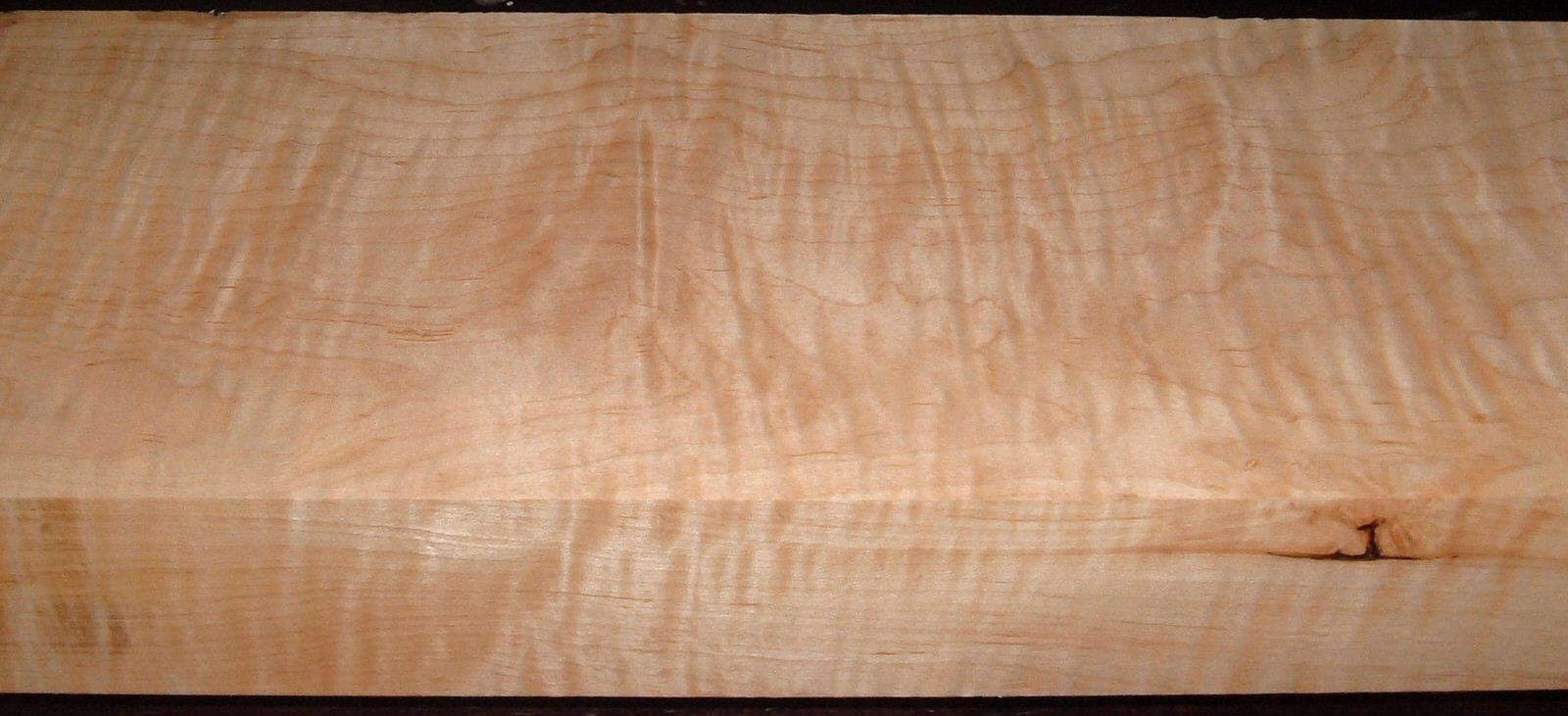 M2005-439, 2-3/4x7-1/4x60, Curly Tiger Maple