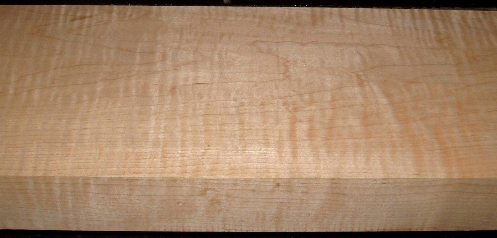 M2006-492 , 2-1/4x7-1/8x44,8/4 Curly Tiger Maple