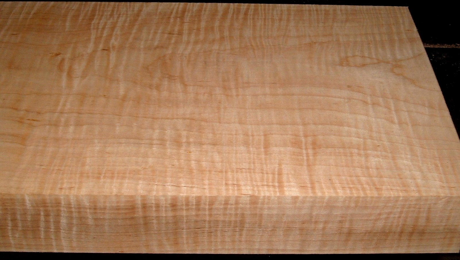 Curly Figured Etimoe Wood Veneer 15.5 /'/' W x 4 3//4/'/' L x 1//36-1//42/'/' T 7 sheets