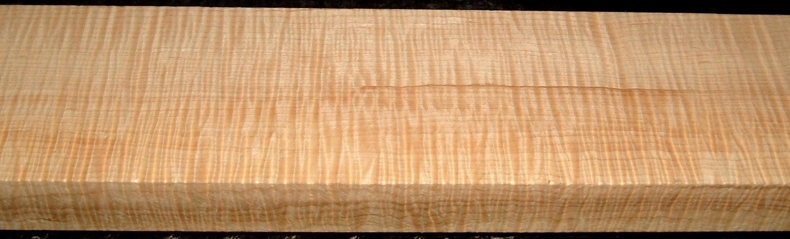 QS2001-10, 1-1/2x3-1/2x32, Quartersawn Curly Maple