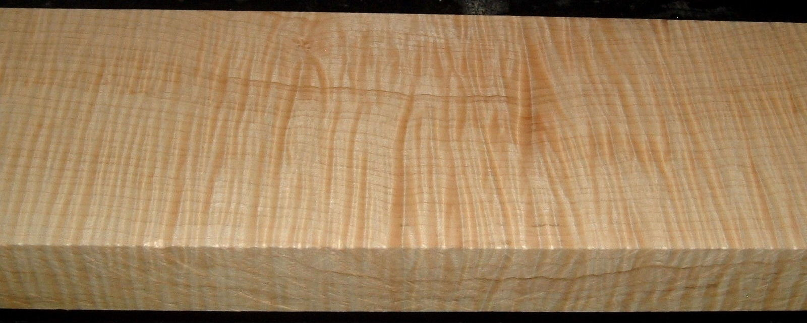 QS2001-11, 1-1/2x4-3/8x31+, Quartersawn Curly Maple
