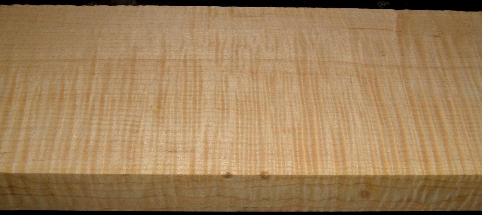 QS2001-4, 1-1/2x5-1/8x32, Quartersawn Curly Maple
