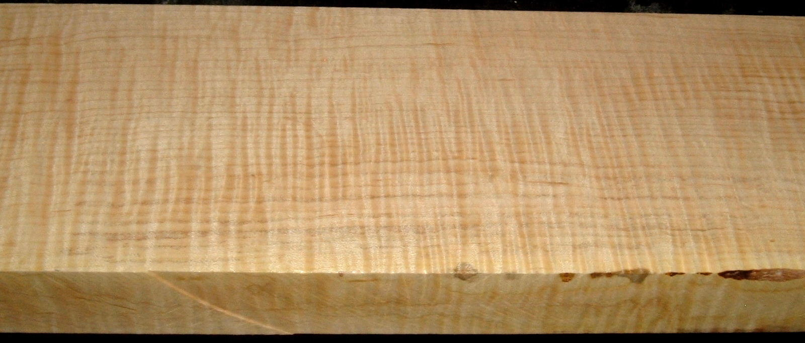 QS2001-5, 1-1/2x5x31, Quartersawn Curly Maple