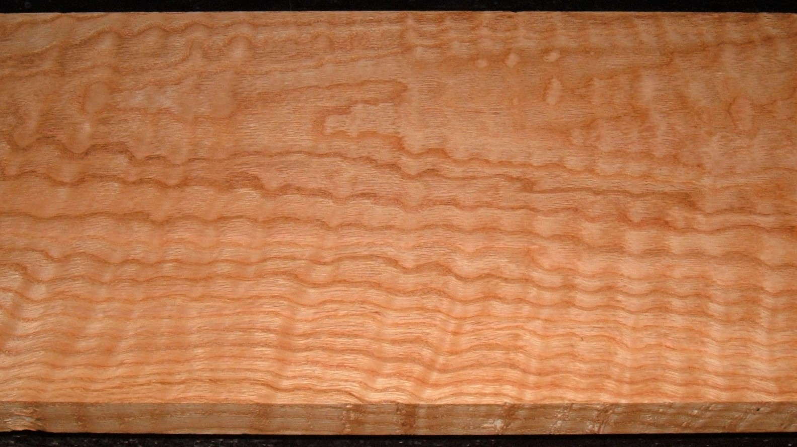 RO2102-19J, Curly Figured Tiger Red Oak, 1-1/8x10-3/8x72
