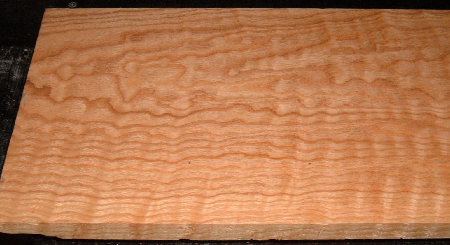 RO2102-22J, Curly Figured Tiger Red Oak, 1x11-3/8x73