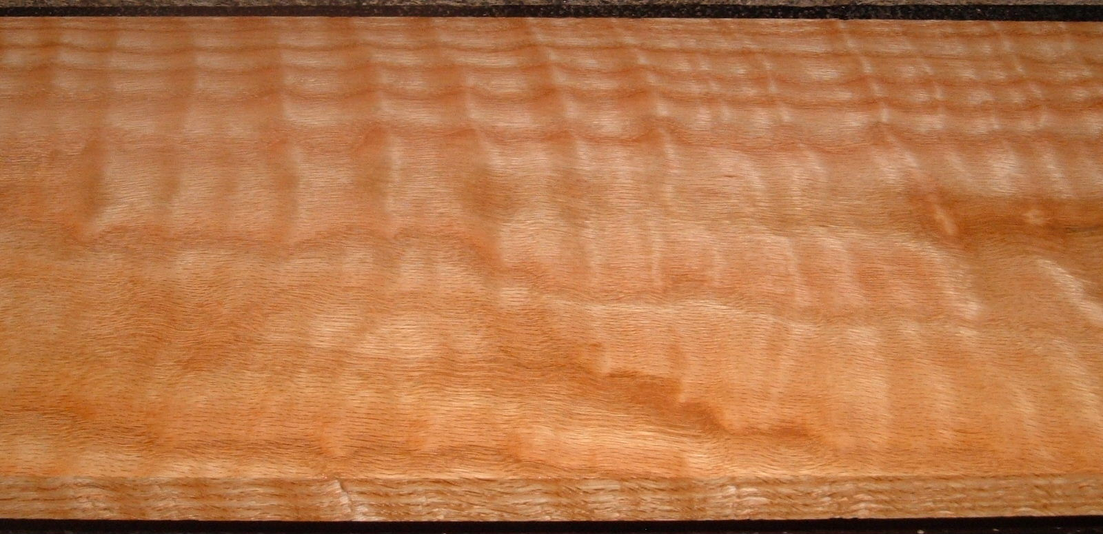 RO2102-3, Curly Figured Tiger Red Oak,13/16x8-1/2x45