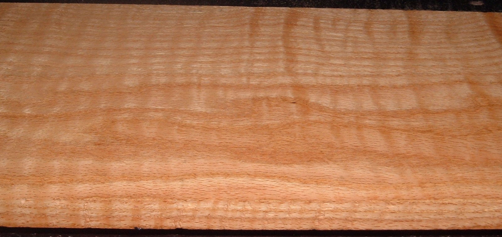RO2102-4, Curly Figured Tiger Red Oak,15/16x9x51