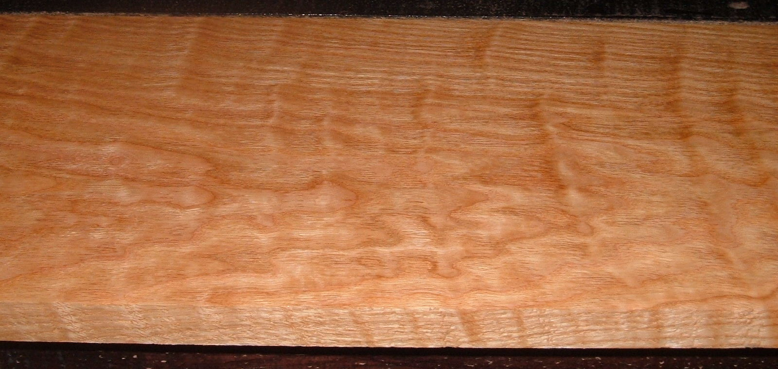 RO2102-8, Curly Figured Tiger Red Oak,1x9x47