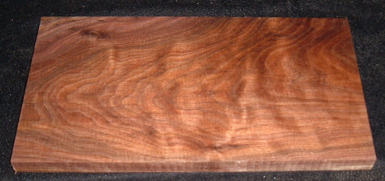 BWS-3034n, 3/4x7-3/8x13-1/2, Curly Figured Black Walnut