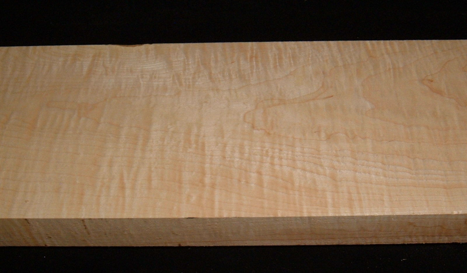 HMS-3147, 1-15/16x6-1/2x27, Curly Tiger Hard Maple