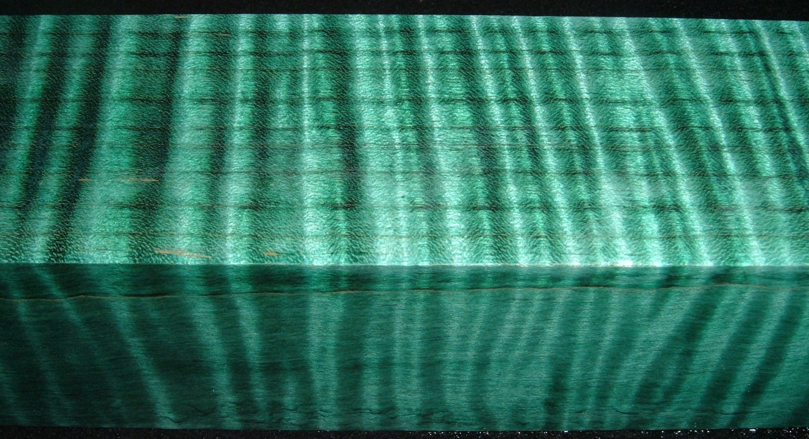 Z527, 1-7/8x1-7/8x6-1/4 Teal, Curly Tiger Maple Dyed Stabilized, wood turning block