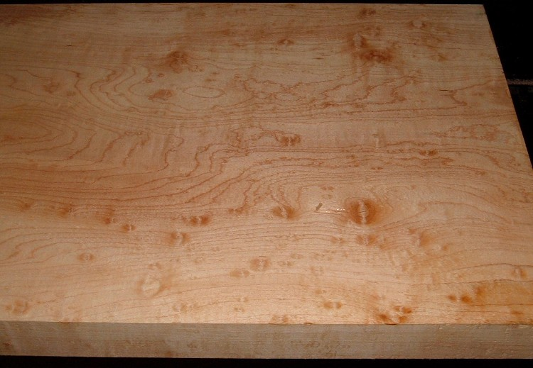 HM2007-106, 1-7/8x14-1/4x33, 8/4 Blister Figured Hard Maple