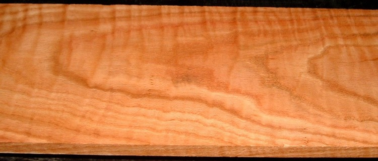 RO2003-10, 13/16x7-3/4x44, Curly Figured Tiger Red Oak